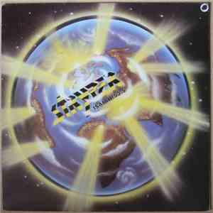 album Stryper - The Yellow And Black Attack mp3 download